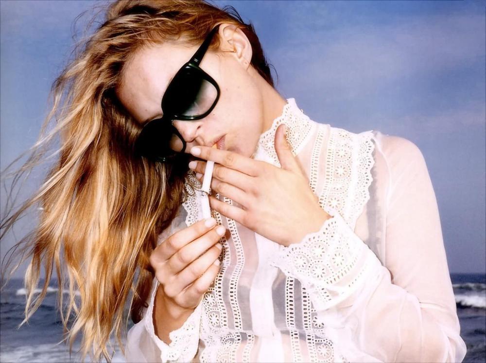 Kate-Moss-smoking1